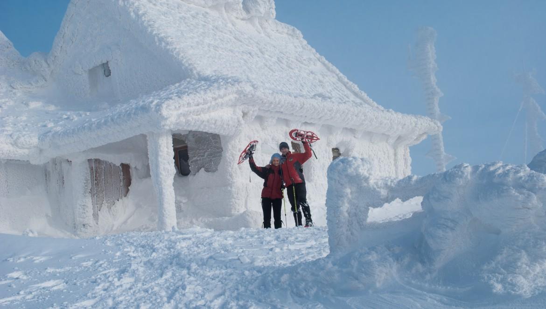 Chatka Puchatka - wycieczka na rakietach śnieżnych